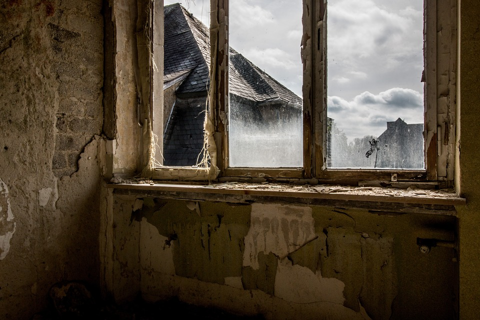 sash_windows_london_replacement-broken_glass