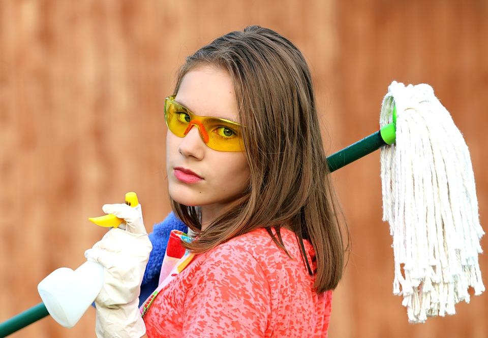 امرأة التنظيف