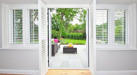shutters 1680798  340