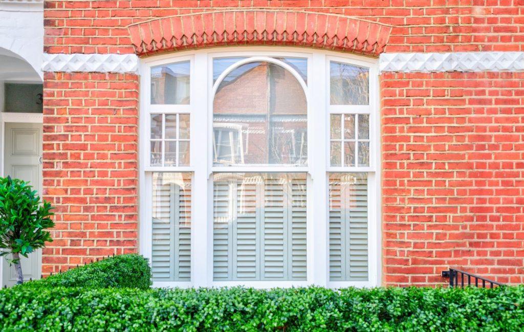 painting sash windows